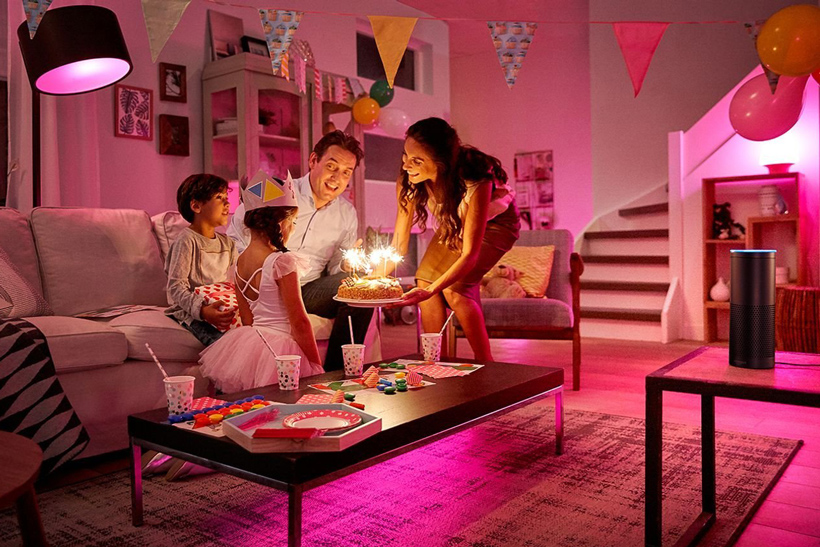 Лампа Philips Hue LED Lampe 10 W A60 E27 Starter Set Bridge 2.0. 3 set